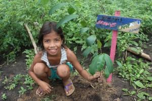 NOYER-MAYAoct2015_Journée-de-la-reforestation40©E.Lagneaux-1024x682